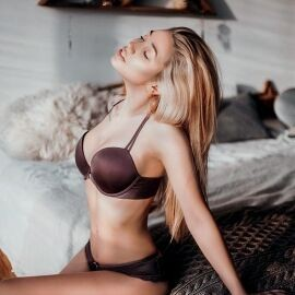 Sexy wife Elena, 37 yrs.old from Moscow, Russia