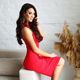 Gorgeous bride Inna, 24 yrs.old from Zaporozhye, Ukraine