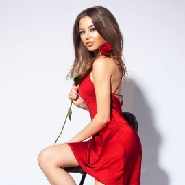 Sexy bride Alina, 22 yrs.old from Saint Petersburg, Russia
