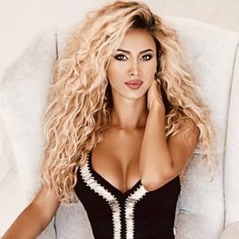 Nice girlfriend Darina, 30 yrs.old from Krivoy Rog, Ukraine