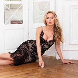 Beautiful lady Victoria, 36 yrs.old from Krasnoyarsk, Russia