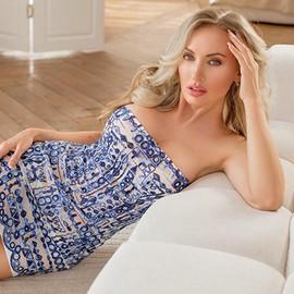 Sexy wife Victoria, 36 yrs.old from Krasnoyarsk, Russia