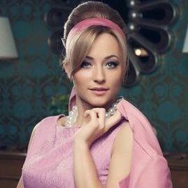 Charming girlfriend Olga, 30 yrs.old from Kiev, Ukraine