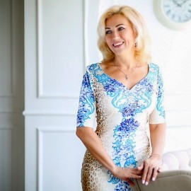 Gorgeous wife Tetyana, 49 yrs.old from Dnepr, Ukraine