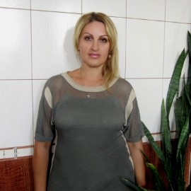 Sexy mail order bride Ulyana, 47 yrs.old from Khmelnytskyi, Ukraine