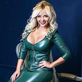 Single wife Elena, 32 yrs.old from Kharkov, Ukraine