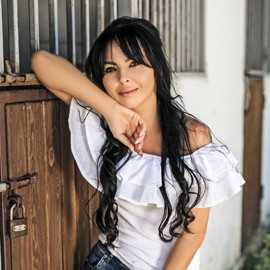 Gorgeous bride Kristina, 33 yrs.old from Kishinev, Moldova