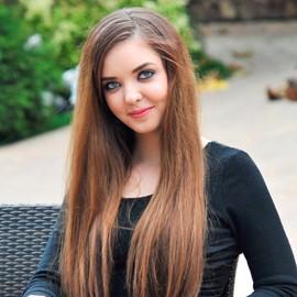 Sexy bride Polina, 21 yrs.old from Tiraspol, Moldova
