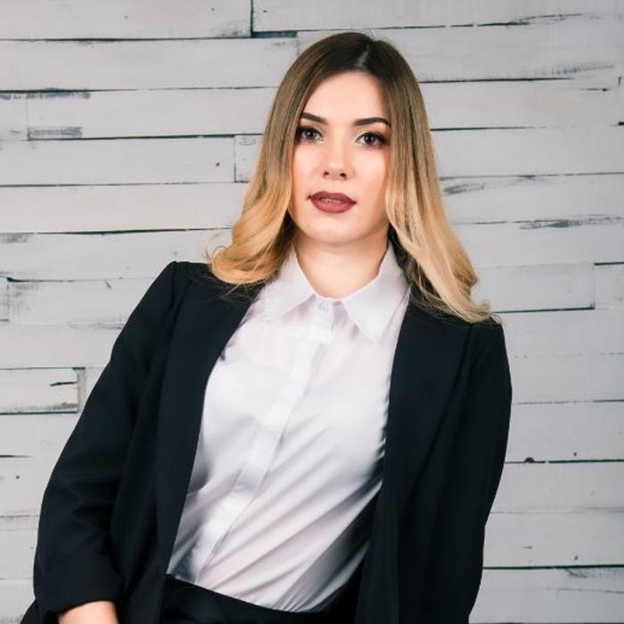 Charming pen pal Viktoria, 28 yrs.old from Benderi, Moldova