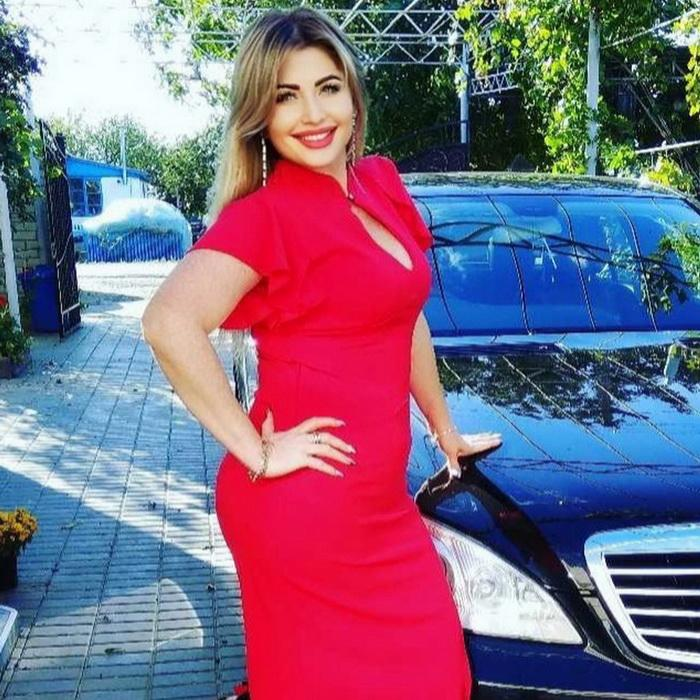 Gorgeous miss Anjelika, 43 yrs.old from Bahchisaray, Russia