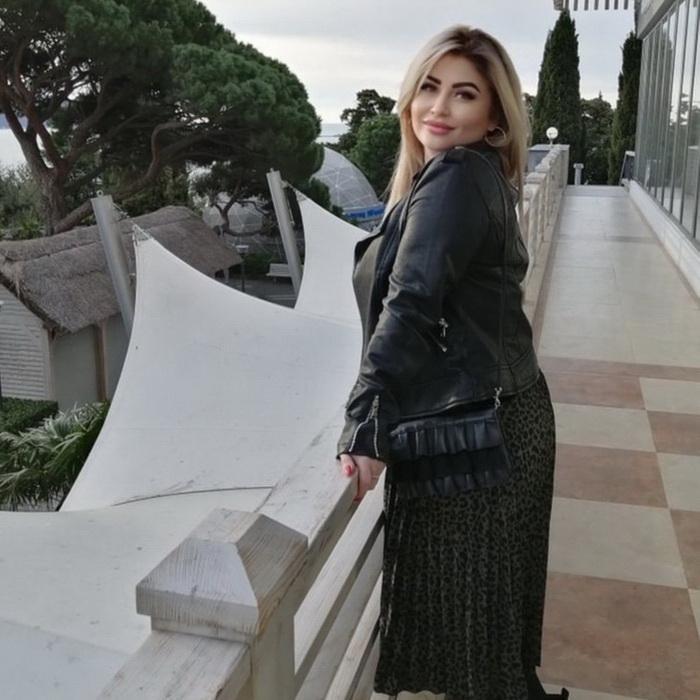 Beautiful girl Anjelika, 43 yrs.old from Bahchisaray, Russia
