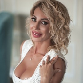 Gorgeous girl Irina, 40 yrs.old from Sochi, Russia