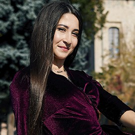 Hot girlfriend Alina, 24 yrs.old from Poltava, Ukraine
