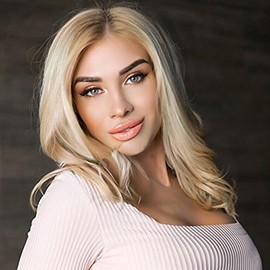 Nice girlfriend Larisa, 22 yrs.old from Lugansk, Ukraine
