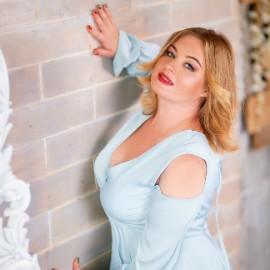 Single wife Oksana, 37 yrs.old from Poltava, Ukraine