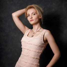 Charming mail order bride Yana, 36 yrs.old from Kropivnitsky, Ukraine