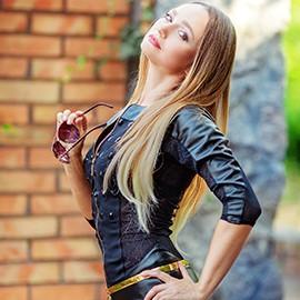 Single lady Svetlana, 45 yrs.old from Melitopol, Ukraine