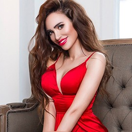 Nice mail order bride Elena, 35 yrs.old from Kyiv, Ukraine