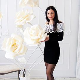 Gorgeous bride Irina, 34 yrs.old from Dnepr, Ukraine