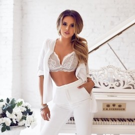 Beautiful mail order bride Alevtina, 26 yrs.old from Kiev, Ukraine