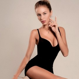 Nice wife Margarita, 25 yrs.old from Saint Petersburg, Russia
