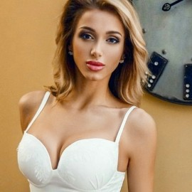 Gorgeous woman Margarita, 25 yrs.old from Saint Petersburg, Russia