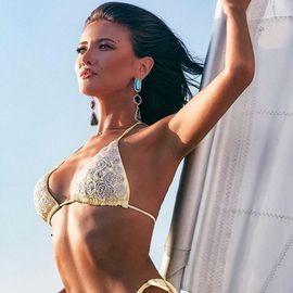 pretty wife Daniela, 30 yrs.old from Padova, Italy
