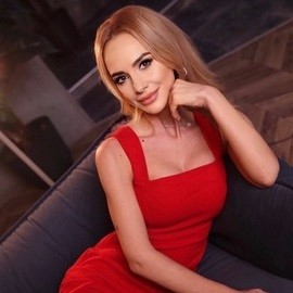 Charming girlfriend Olga, 34 yrs.old from Kyiv, Ukraine