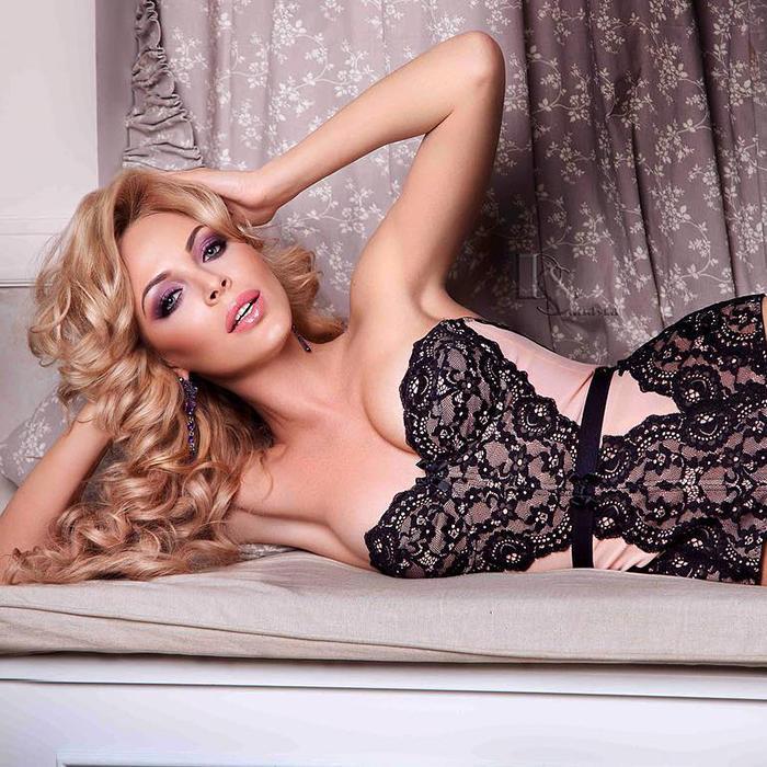 Amazing miss Elena, 35 yrs.old from Kiev, Ukraine