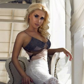 Gorgeous miss Oksana, 36 yrs.old from Kiev, Ukraine