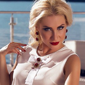 Charming girlfriend Oksana, 36 yrs.old from Kiev, Ukraine