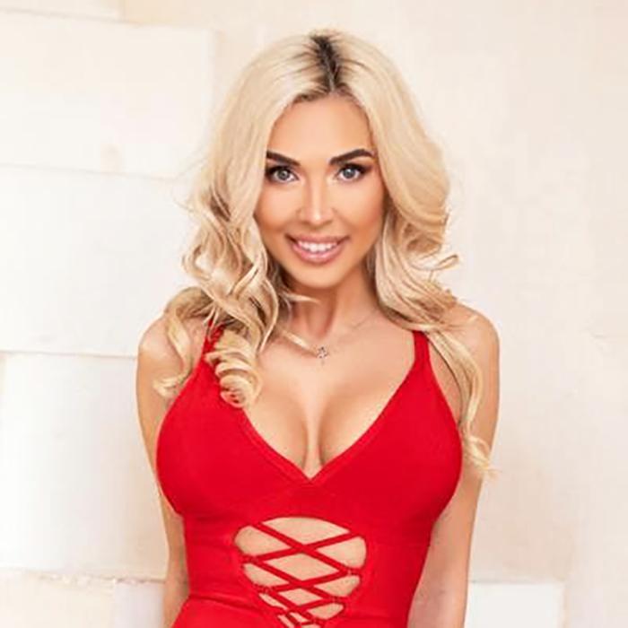 Charming lady Nadezhda, 32 yrs.old from Kiev, Ukraine