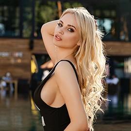 Pretty girl Nadezhda, 24 yrs.old from Kiev, Ukraine