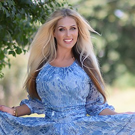 Gorgeous girlfriend Eugenia, 43 yrs.old from Kharkov, Ukraine