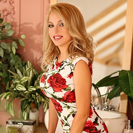 Single miss Alyona, 40 yrs.old from Kharkov, Ukraine