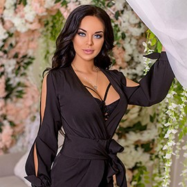 Sexy bride Ludmila, 26 yrs.old from Kyiv, Ukraine