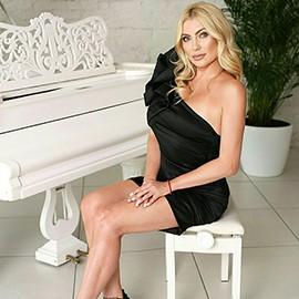 Gorgeous miss Inna, 41 yrs.old from Kiev, Ukraine