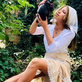 Nice wife Elena, 22 yrs.old from Odessa, Ukraine
