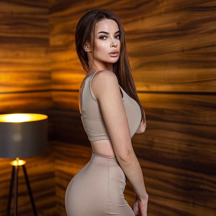 Nice girlfriend Alina, 23 yrs.old from St. Petersburg, Russia