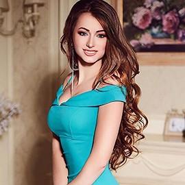 single lady Alina, 23 yrs.old from Lugansk, Ukraine