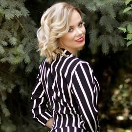 Gorgeous mail order bride Anna, 32 yrs.old from Kharkov, Ukraine