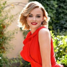 Nice girlfriend Anna, 32 yrs.old from Kharkov, Ukraine