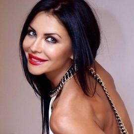 Beautiful miss Natalia, 41 yrs.old from Parkany, Moldova