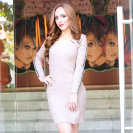 Single miss Alina, 18 yrs.old from Simferopol, Russia
