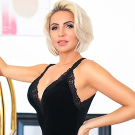 Charming lady Ekaterina, 40 yrs.old from Sochi, Russia