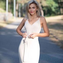 Pretty woman Viktoria, 33 yrs.old from Cherkasy, Ukraine