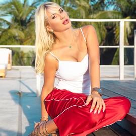 Beautiful miss Svetlana, 40 yrs.old from Miami, United States