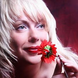 Pretty miss Svetlana, 40 yrs.old from Kharkov, Ukraine