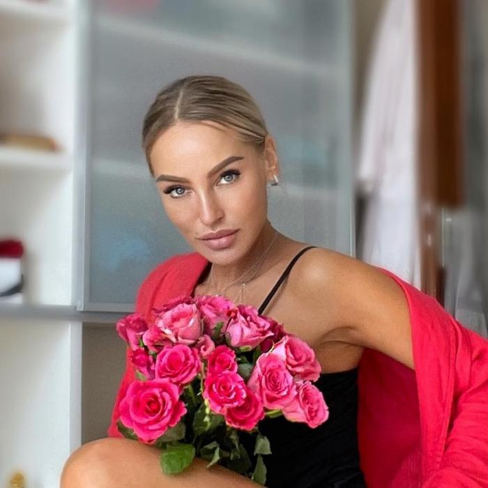 Charming wife Natalia, 43 yrs.old from Hamburg, Germany