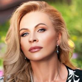 Pretty bride Valentina, 52 yrs.old from Kryvyi Rih, Ukraine